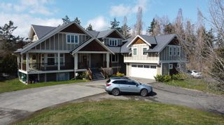 Main Photo: 4420 Wilkinson Rd in : SW Royal Oak House for sale (Saanich West)  : MLS®# 871876