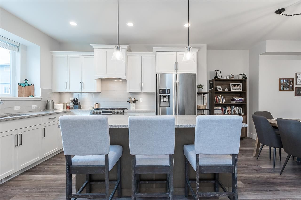 """Photo 10: Photos: 4 4295 OLD CLAYBURN Road in Abbotsford: Abbotsford East House for sale in """"Sunspring Estates"""" : MLS®# R2562456"""