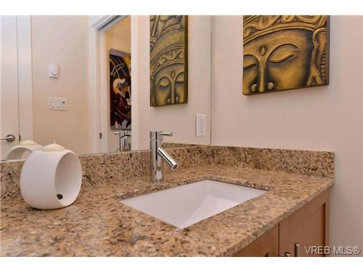 Photo 12: Photos: 103 662 Goldstream Ave in VICTORIA: La Fairway Condo for sale (Langford)  : MLS®# 717329