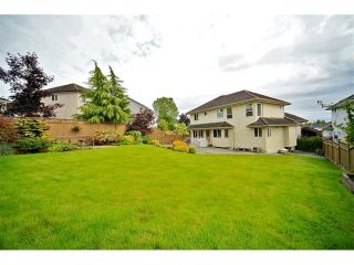 Photo 24: 6484 CLAYTONWOOD Gate in Surrey: Cloverdale BC House for sale (Cloverdale)  : MLS®# F1214656