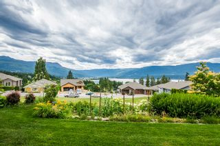 Photo 11: 31 2990 Northeast 20 Street in Salmon Arm: The Uplands House for sale (NE Salmon Arm)  : MLS®# 10102161