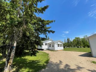 Photo 17: 31 Second Street West in Elma: Whitemouth Residential for sale (R18)  : MLS®# 202115929