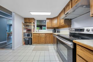 """Photo 19: 464 LEHMAN Place in Port Moody: North Shore Pt Moody Townhouse for sale in """"EAGLEPOINT"""" : MLS®# R2604397"""