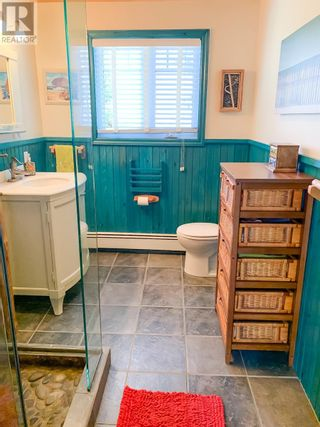 Photo 21: 555 Green Bay Road in Green Bay: House for sale : MLS®# 202108668