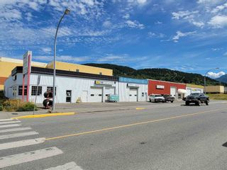Photo 2: 4526 GREIG Avenue in Terrace: Terrace - City Business with Property for sale (Terrace (Zone 88))  : MLS®# C8039237