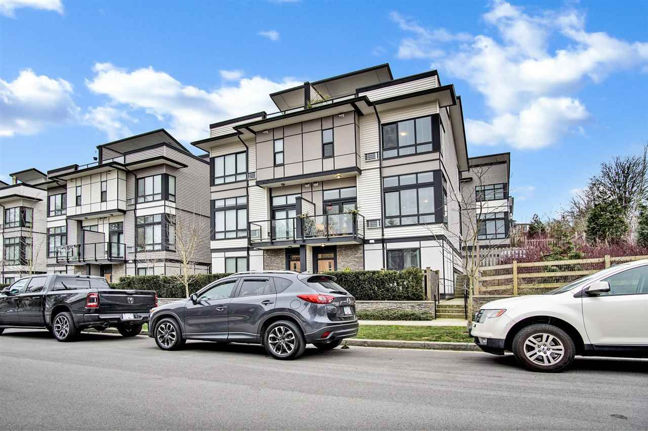 """Main Photo: 89 14058 61 Avenue in Surrey: Sullivan Station Townhouse for sale in """"Summit"""" : MLS®# R2539721"""
