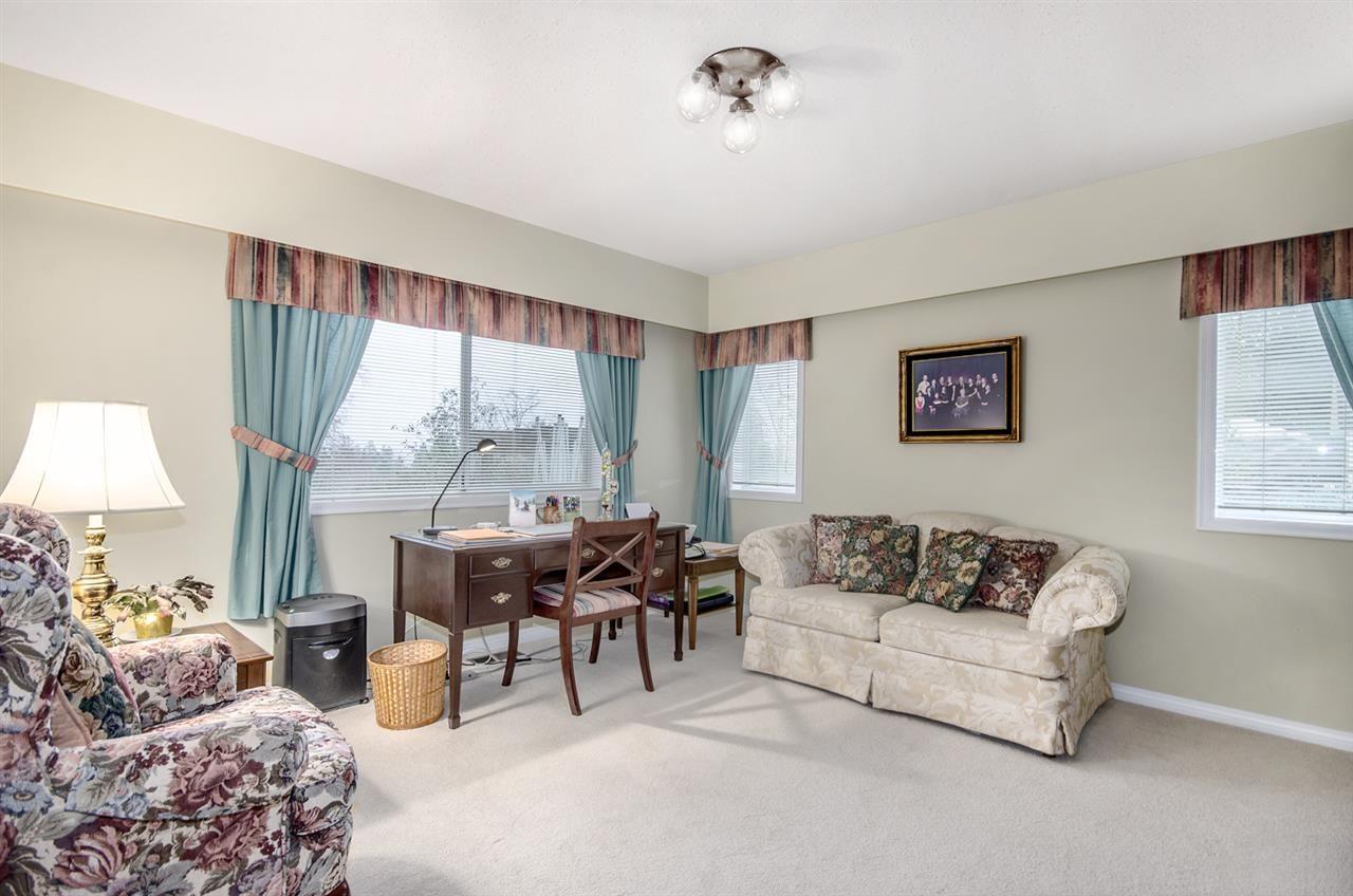 Photo 11: Photos: 16953 31 AVENUE in Surrey: Grandview Surrey House for sale (South Surrey White Rock)  : MLS®# R2157307
