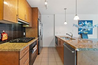 """Photo 5: 906 1189 MELVILLE Street in Vancouver: Coal Harbour Condo for sale in """"THE MELVILLE"""" (Vancouver West)  : MLS®# R2560831"""