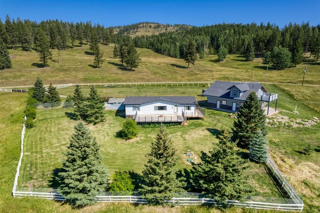 Main Photo: 271101 Range Road 54 in Rural Rocky View County: Rural Rocky View MD Detached for sale : MLS®# A1144541