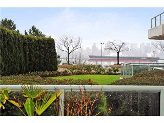 """Photo 3: 103 168 CHADWICK Court in North Vancouver: Lower Lonsdale Condo for sale in """"Chadwick Court"""" : MLS®# V865194"""