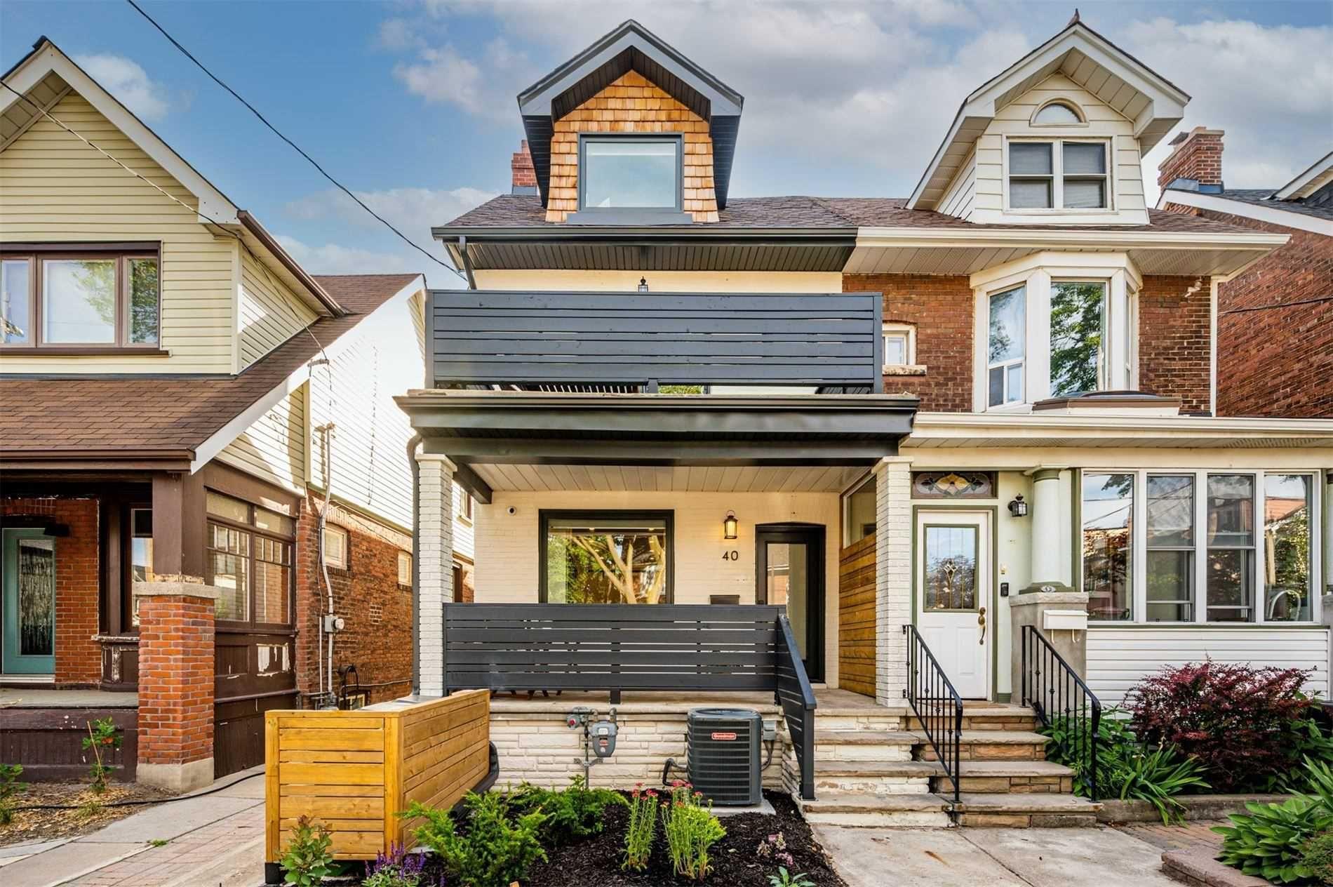 Main Photo: A 40 Dewhurst Boulevard in Toronto: Danforth House (2 1/2 Storey) for lease (Toronto E03)  : MLS®# E5279765