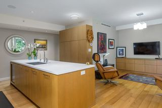 """Photo 5: 202 988 KEITH Road in West Vancouver: Park Royal Condo for sale in """"EVELYN"""" : MLS®# R2543771"""