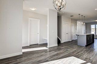 Photo 20: 136 Creekside Drive SW in Calgary: C-168 Semi Detached for sale : MLS®# A1108851