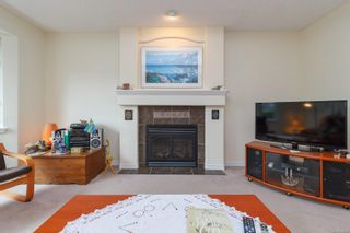 Photo 6: 10389 Resthaven Dr in : Si Sidney North-East Half Duplex for sale (Sidney)  : MLS®# 859000