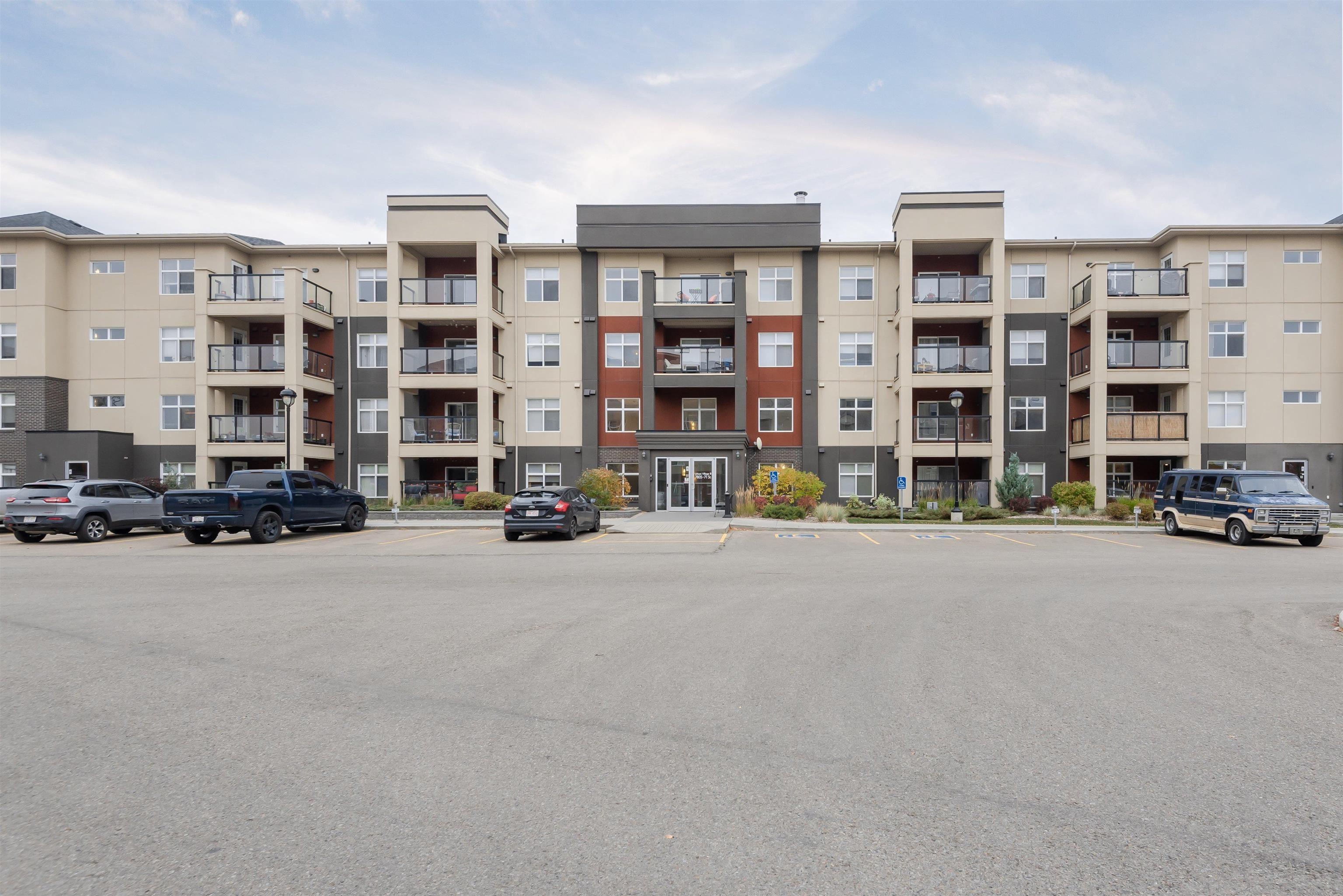 Main Photo: 256 7805 71 Street in Edmonton: Zone 17 Condo for sale : MLS®# E4266039