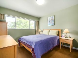 Photo 9: 2736 53RD Ave E in Vancouver East: Killarney VE Home for sale ()  : MLS®# V1079617