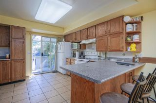 Photo 10: 2536 E 29TH Avenue in Vancouver: Collingwood VE House for sale (Vancouver East)  : MLS®# R2399407