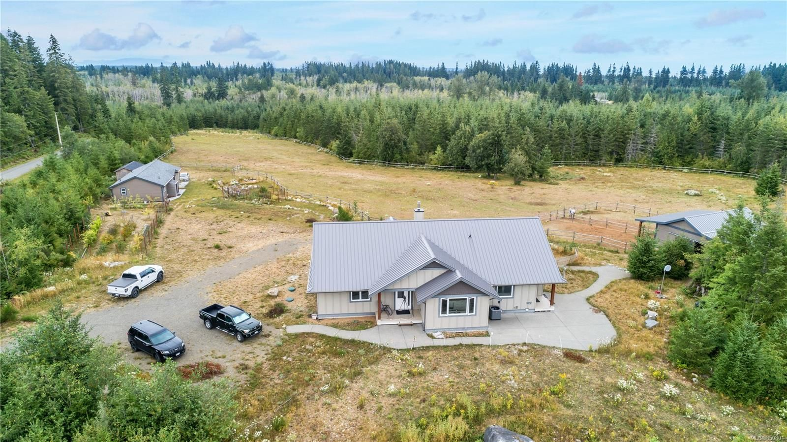 Main Photo: 4185 Chantrelle Way in : CR Campbell River South House for sale (Campbell River)  : MLS®# 850801