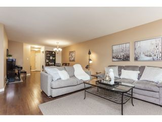 """Photo 5: 319 22150 48 Avenue in Langley: Murrayville Condo for sale in """"Eaglecrest"""" : MLS®# R2494337"""