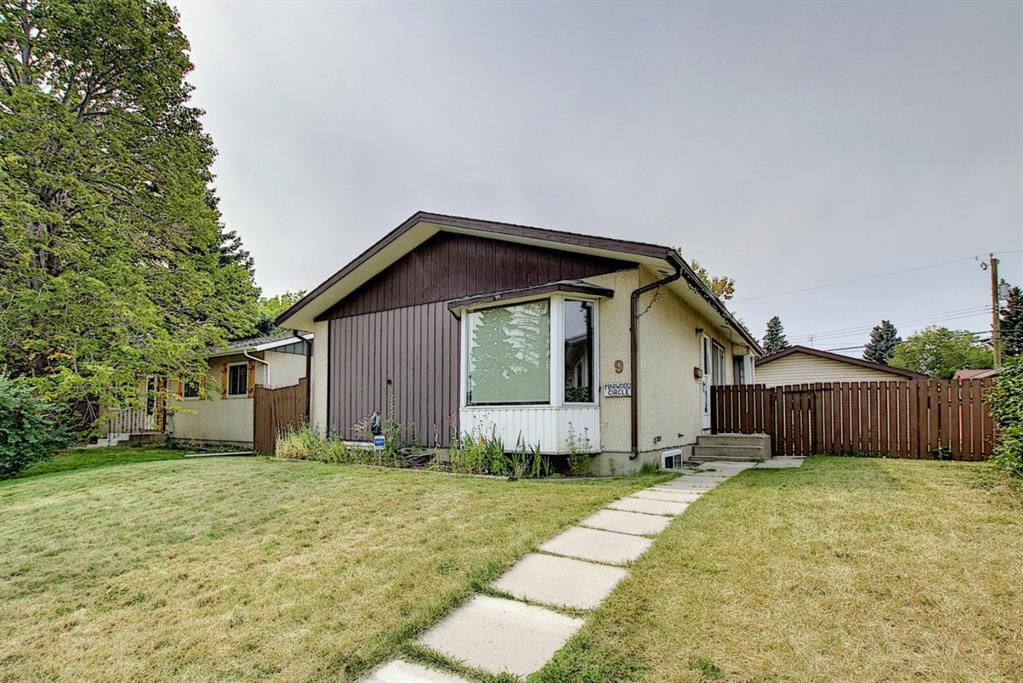 Main Photo: 9 MARWOOD Circle NE in Calgary: Marlborough Detached for sale : MLS®# A1123997