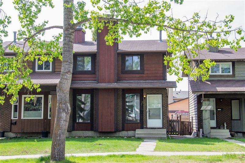 FEATURED LISTING: 6519 Coach Hill Road Southwest Calgary