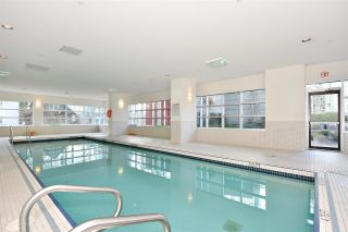 Photo 15: 602 1211 MELVILLE Street in Vancouver: Coal Harbour Condo for sale (Vancouver West)  : MLS®# R2410173