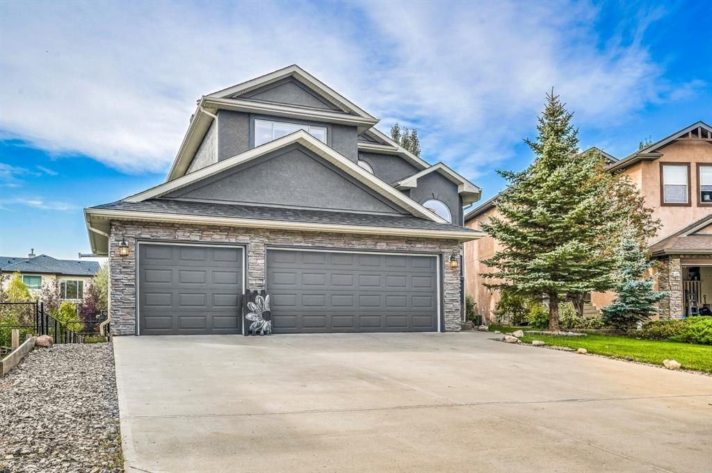 Main Photo: 437 Rainbow Falls Way: Chestermere Detached for sale : MLS®# A1144560