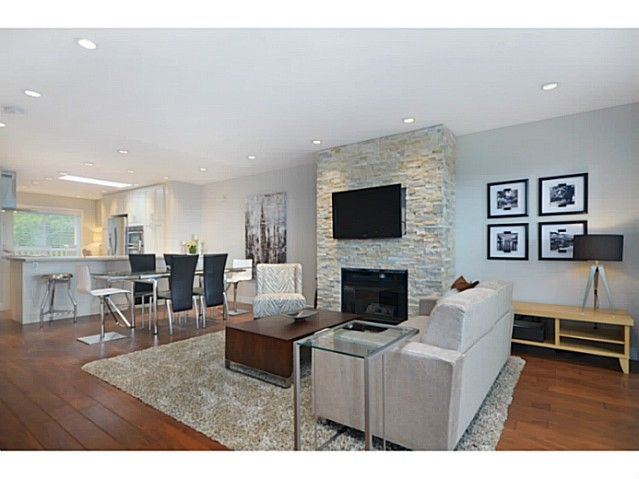 Main Photo: # 308 257 E KEITH RD in North Vancouver: Lower Lonsdale Condo for sale : MLS®# V1009738