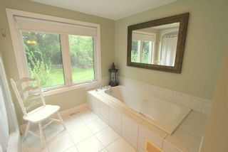 Photo 12: 9 Redcap Beach Lane in Kawartha Lakes: Rural Carden House (Bungalow) for sale : MLS®# X4399326