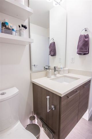 """Photo 9: 502 8580 RIVER DISTRICT Crossing in Vancouver: South Marine Condo for sale in """"Two Town Center"""" (Vancouver East)  : MLS®# R2539514"""