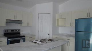 Photo 5: 1636 Logan Avenue in Winnipeg: Brooklands Residential for sale (5D)  : MLS®# 1825309