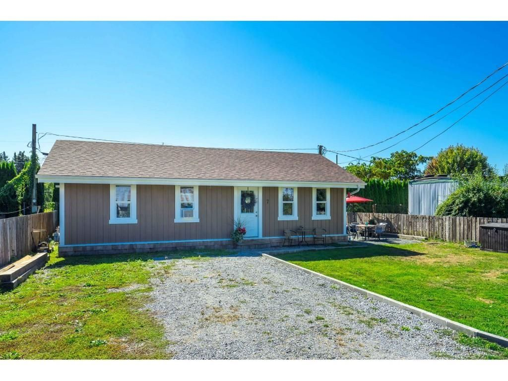 """Main Photo: 7 9010 SHOOK Road in Mission: Hatzic Manufactured Home for sale in """"LITTLE BEACH"""" : MLS®# R2614436"""