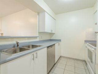 Photo 8: 301 2272 DUNDAS Street in Vancouver: Hastings Condo for sale (Vancouver East)  : MLS®# R2416205
