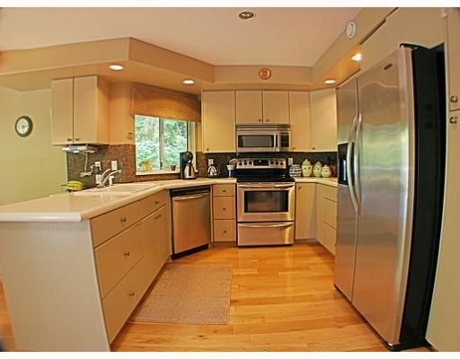 Photo 6: Photos: 18 TIMBERCREST Drive in Port Moody: Heritage Mountain House for sale : MLS®# V796835