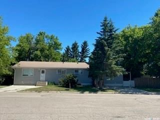 Photo 1: 409 & 417 2nd Avenue West in Unity: Residential for sale : MLS®# SK850918