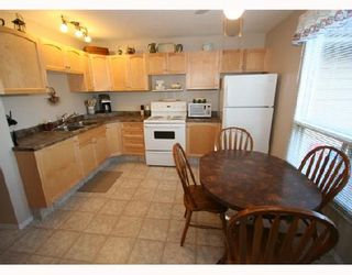 Photo 4: 53 RADCLIFFE Close SE in CALGARY: Radisson Heights Residential Attached for sale (Calgary)  : MLS®# C3346576
