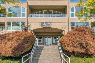 Photo 3: 201 15809 MARINE Drive: White Rock Condo for sale (South Surrey White Rock)  : MLS®# R2624089