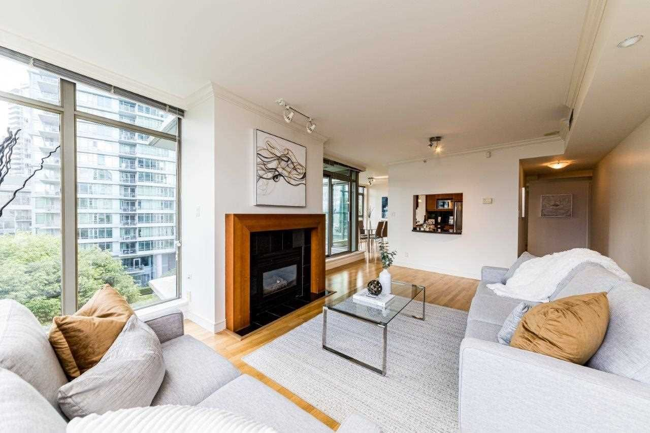 Main Photo: 505 1680 BAYSHORE Drive in Vancouver: Coal Harbour Condo for sale (Vancouver West)  : MLS®# R2591318