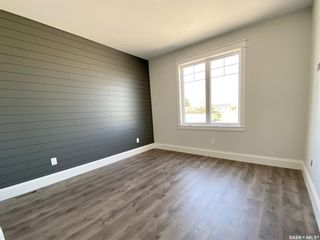 Photo 25: 818 Conquest Avenue in Outlook: Residential for sale : MLS®# SK860876