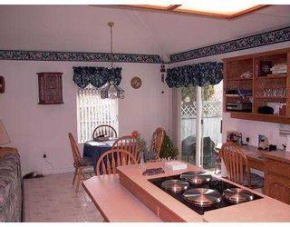 Photo 3: 20260 123RD AV in Maple Ridge: Northwest Maple Ridge House for sale : MLS®# V574786