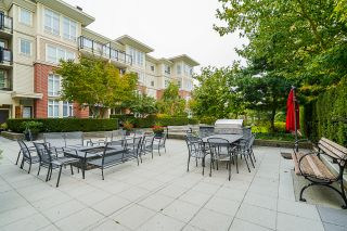 """Photo 52: 210 2940 KING GEORGE Boulevard in Surrey: King George Corridor Condo for sale in """"HIGH STREET"""" (South Surrey White Rock)  : MLS®# R2496807"""