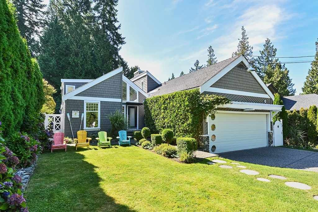 Main Photo: 12716 20 AVENUE in Surrey: Crescent Bch Ocean Pk. House for sale (South Surrey White Rock)  : MLS®# R2403284