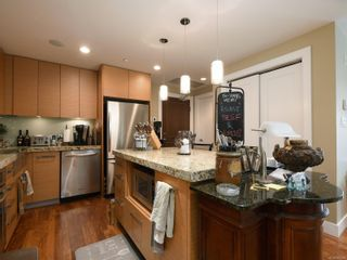 Photo 9: 721 1400 Lynburne Pl in : La Bear Mountain Condo for sale (Langford)  : MLS®# 867229