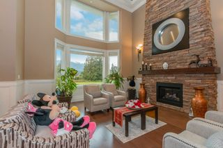 Photo 6: 690 PRAIRIE Avenue in Port Coquitlam: Riverwood House for sale : MLS®# R2620075