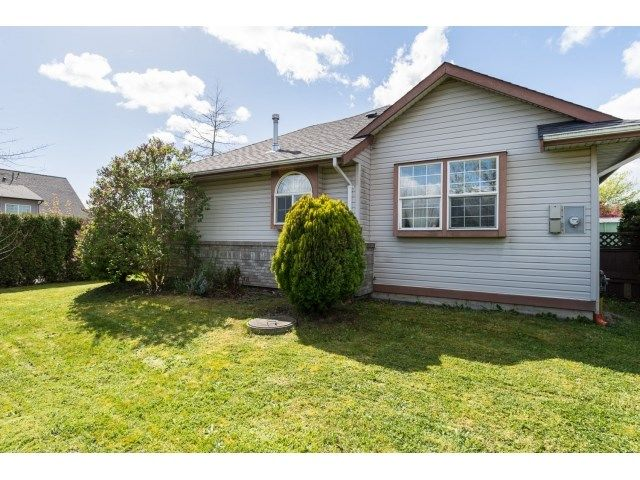 Main Photo: 6509 188TH STREET in Surrey: Cloverdale BC House for sale (Cloverdale)  : MLS®# R2053566