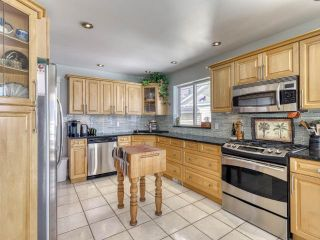 Photo 11: 3221 E SHUSWAP ROAD in : South Thompson Valley House for sale (Kamloops)  : MLS®# 150088