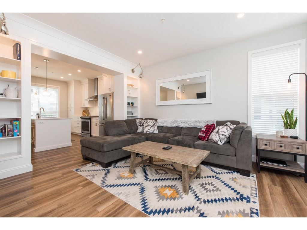 """Photo 17: Photos: 5488 DRIFTWOOD Street in Chilliwack: Vedder S Watson-Promontory Condo for sale in """"WEBSTER CROSSING"""" (Sardis)  : MLS®# R2527096"""