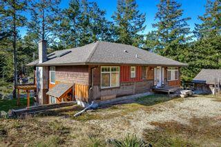 Photo 10: 797 Lazo Rd in : CV Comox Peninsula House for sale (Comox Valley)  : MLS®# 869860
