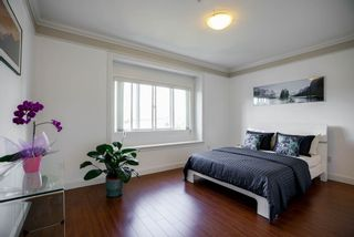 Photo 8: 3185 E 3RD AVENUE in Vancouver: Renfrew VE House for sale (Vancouver East)  : MLS®# R2103747