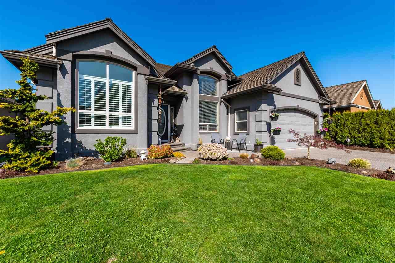 """Main Photo: 3831 LATIMER Street in Abbotsford: Abbotsford East House for sale in """"CREEKSTONE ON THE PARK"""" : MLS®# R2570814"""